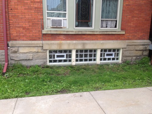 Carpentry type Basement Window