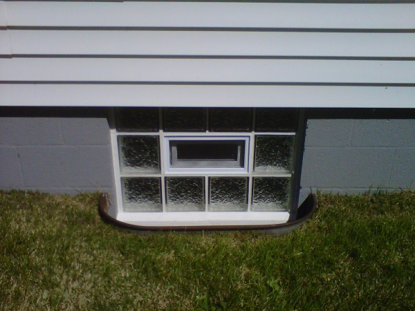 This is a sweet 32x24 Icescapes vented panel installed in your typical cement block foundation.